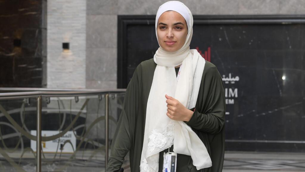 """Farah Talal es la viuda de Atta Elayyan, asesinado en los tiroteos de Christchurch. Como doscientos familiares de las víctimas de la masacre, acudió a la peregrinación del hajj en Arabia Saudita para """"rezar por los mártires""""."""