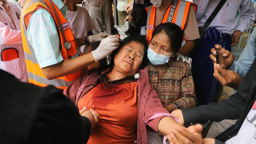 الاتحاد الأوروبي يدين القمع الدموي في بورما وبريطانيا تشدد على ضرورة عودة الديمقراطية