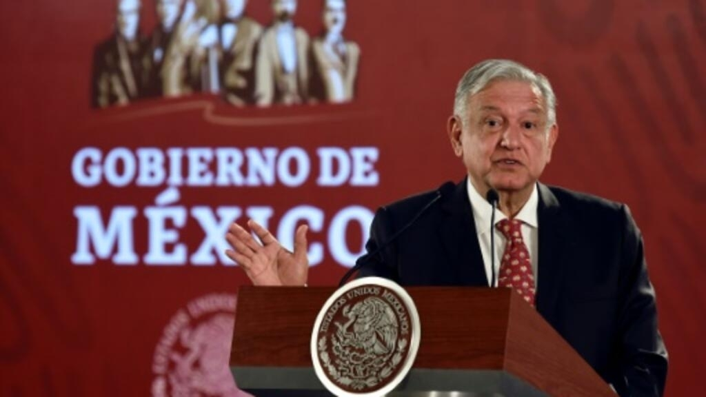 Mexican president denies 'political persecution' in graft case