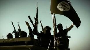 لقطة من تسجيل دعائي عن جهاديين في محافظة الأنبار العراقية
