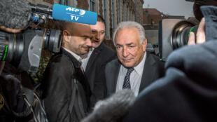 DSK et son avocat Richard Malka (à gauche), le 17 février, à Lille