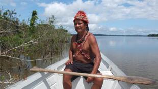 La tribu brasileña de los mundurukus ve su modo de vida peligrar por culpa de la construcción de un embalse.