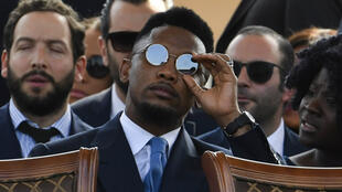 """لاعب كرة القدم الكاميروني صامويل إيتو ضحية """"كذبة أبريل"""""""