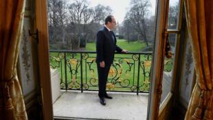 Au fur et à mesure de son mandat, François Hollande est devenu président le plus impopulaire de la Ve République.