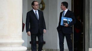 François Hollande et Manuel Valls devant l'Elysée le 28 septembre 2016.