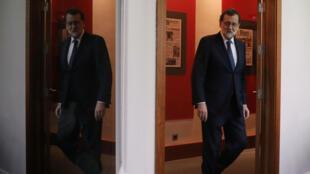 Primer ministro español, Mariano Rajoy, llega al Palacio de Moncloa en Madrid, España, para dar una declaración Octubre 11,  2017