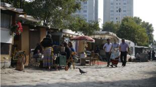 Les auteurs du rapport souhaitent que les autorités françaises accordent une domiciliation administrative aux Roms. Ici, un camp de Saint-Denis, en octobre 2015,