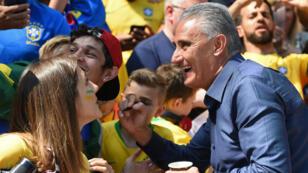 Tite, le sélectionneur du Brésil qui fait l'unanimité au pays du football, lors du match amical contre la Croatie, le 3 juin 2018 à Liverpool.