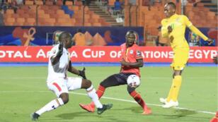Le numéro 11 zimbabwéen, Khama Billat, a marqué le but de son équipe.