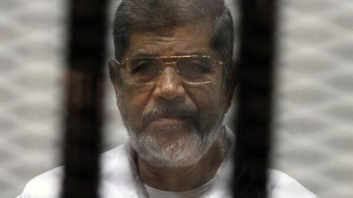 En tout, l'exp-président égyptien est condamné à trois peines dont une peine de mort.