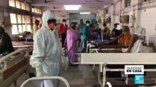 India último doctor en  pie