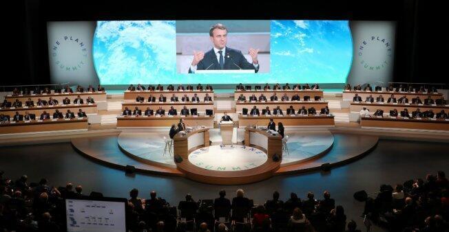 El presidente Emmanuel Macron durante una declaración al One Planet Summit, en París, el 12 de diciembre del 2017.