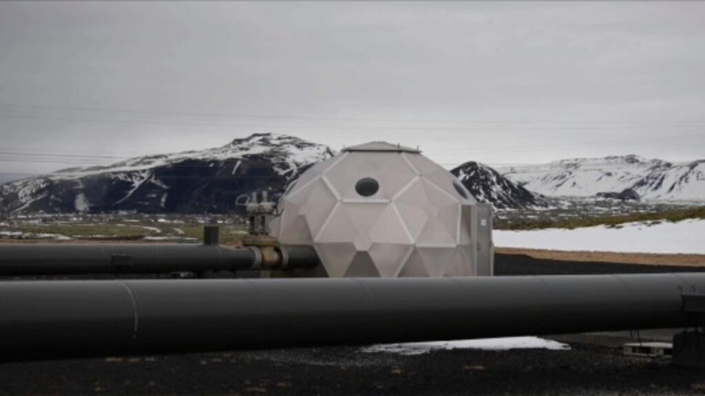 Iceland turns carbon dioxide to rock for cleaner air