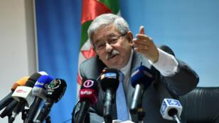 Ahmed Ouyahia le 11 juin 2017 lors d'une conférence de presse à Tunis.