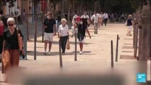 2021-06-17 10:01 Déconfinement en France : les Français ôtent le masque en extérieur