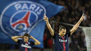 Zlatan Ibrahimovic et Edinson Cavani, les deux attaquants vedettes du PSG.