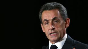 Nicolas Sarkozy a rejeté, mercredi 2 décembre, toute idée de front républicain contre le FN au second tour des régionales.