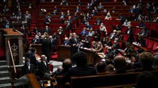 L'assemblée nationale le 6 octobre 2020 lors d'une session de questions au gouvernement