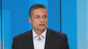 Aboubakr Jamaï, professeur en relations internationales, sur le plateau de France 24.