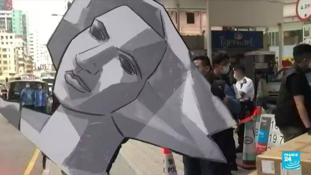 2021-09-10 18:20 Hong Kong police raid shuttered Tiananmen museum