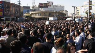 Des manifestants rassemblés à Souleimaniyeh, le 18 décembre 2017.