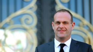 Steeve Briois assurera la présidence par intérim du Front national après le retrait de Jean-François Jalkh.