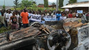 Des manifestants opposés à une troisième candidature du président Nkurunziza, le 1er mai 2015 à Bujumbura.
