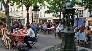 Parisians have been flocking to restaurants bereft of foreign tourists during the coronavirus crisis