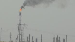 Un champ pétrolier au sud-ouest de la ville irakienne de Kirkouk.