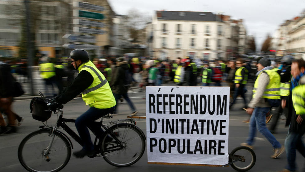 Calls for more participatory democracy have been a cornerstone of France's Yellow Vest movement.