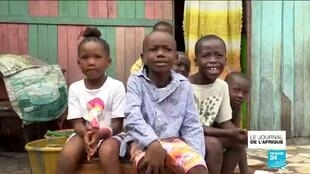 2020-03-26 22:53 Coronavirus : en côte d'Ivoire, l'impossible confinement ?