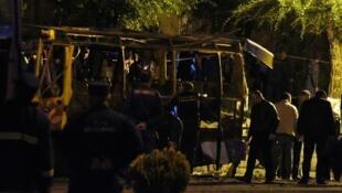الحافلة التي تم تفجيرها في يريفان عاصمة أرمينيا 24 أبريل/نيسان 2016