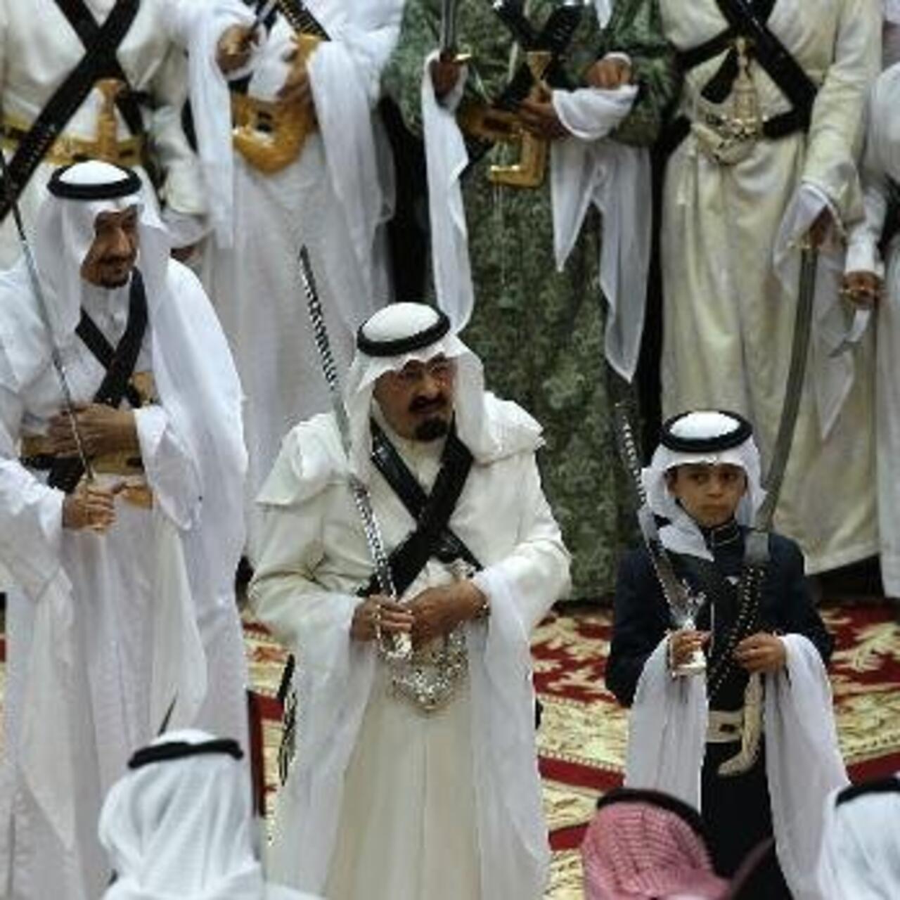 عائلة آل سعود كيف وصلت للحكم وأسست الدولة التي منحتها اسمها