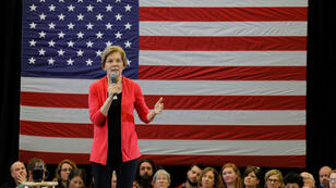 Candidato a la candidatura presidencial demócrata de 2020, la senadora estadounidense Elizabeth Warren habla en un evento organizativo en Manchester, New Hampshire, EE. UU., 12 de enero de 2019.