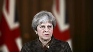 La Première ministre britannique, Theresa May, le 14 avril 2018 devant le 10, Downing Street.