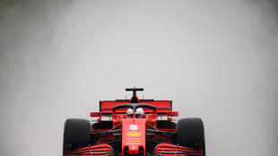 Vettel masters the rain in Friday's second practice