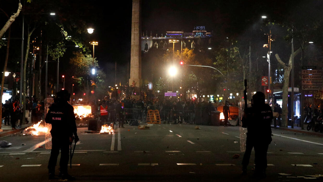 Barcelona streets on fire as separatists protest sentence for Catalan leaders