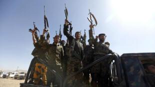 De jeunes recrues des Houthis lors d'un rassemblement dans la capitale yéménite Sanaa, le 3 janvier 2017.