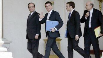 France's feuding Socialists face meltdown