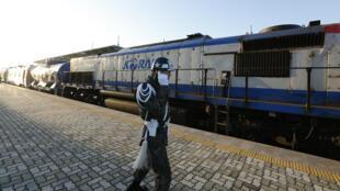 Le train est parti de la gare de Dorosan vendredi 30 novembre.