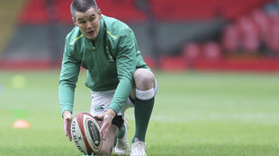 Ireland fly-half Johnny Sexton is expected to be fit to face France in the Six Nations