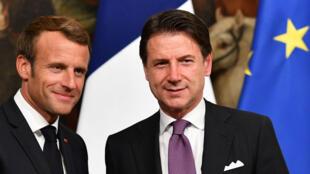 Emmanuel Macron et le chef du gouvernement italien Giuseppe Conte après une conférence de presse commune à Rome, le 19 septembre 2018.