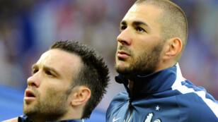 Mathieu Valbuena et Karim Benzema, côte à côte, avec les Bleus.