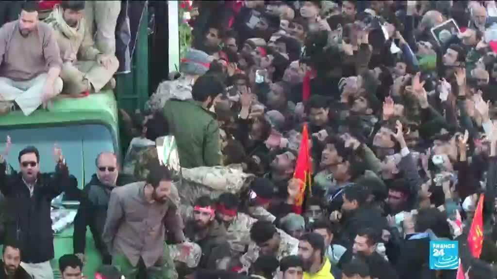 2020-01-07 14:01 Stampede kills 'dozens' during the funeral of top general Soleimani