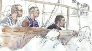 Hamza Mosli, Adil Barki et Ali Abdoumi (de gauche à droite) et deux autres hommes comparaissaient devant le tribunal correctionnel de Paris pour association de malfaiteurs terroristes.