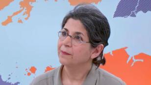 Toma de pantalla de la investigadora franco-iraní Fariba Adelkhah, durante una entrevista con France 24 y France Info.