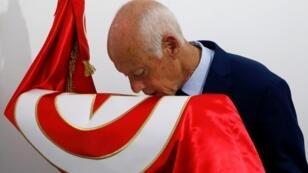 أستاذ القانون الدستوري التونسي قيس سعيّد خلال الحملة الانتخابية.