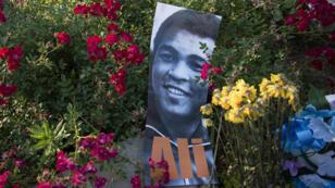 Les hommages à Mohamed Ali se sont multipliés à Louisville, le 7 juin 2016.