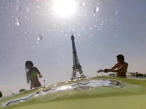 ساحة  تروكاديرو بالعاصمة الفرنسية باريس