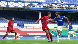 Everton and Liverpool played out a goalless stalemate